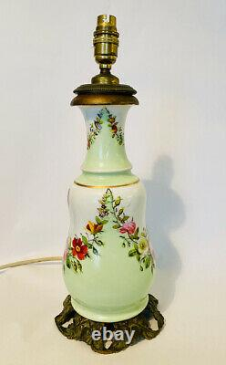 ANTIQUE FRENCH PAINTED PORCELAIN LAMP FINE ORMOLU BASE CIRCA EARLY 1900s
