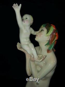 Beautiful Art Deco Italian Lenci Ceramic Statue Mother with Child 1930s