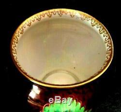 Carlton ware Prickly Pansy 11.5 cm vase
