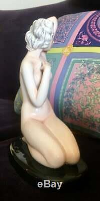 GOLDSCHEIDER ART DECO Porcelain FIGURINE NUDE WOMAN Austria