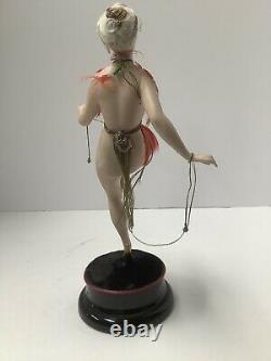 Galluba Hoffmann bathing beauties art deco porcelain figurine. Germany