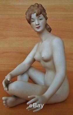 Gorgeous Rare Art Deco Wallendorf Sitting Lady Nude Porcelain Figurine Germany