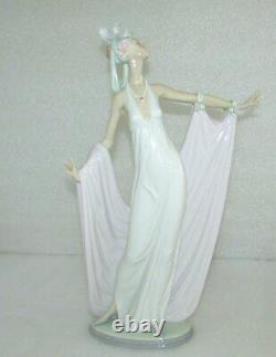 Lladro Grand Dame Dama Solemne Art Deco Elegant Lady Figurine 1568 Excellent A+