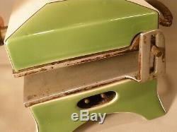 Porcelain Art Deco Hostess Sandwich Toaster