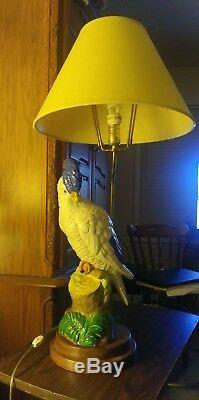 VINTAGE DecoTable Lamp Parrot Cockatoo FULL SIZE COCKATOO. RARE BEAUTIFUL FIND
