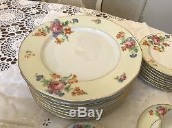 Vintage TK Thuny-Bohemia Czechoslovakia China Lexington Yellow Floral 31 Pieces