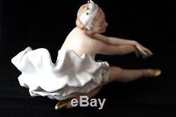 Vintage Wallendorf porcelain ballerina figurine c 1960